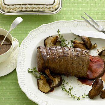 Beef Tenderloin with Mushrooms and Thyme