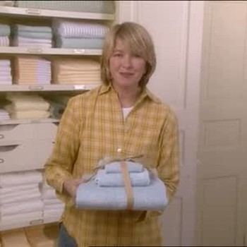 How to Bundle Guest Towels
