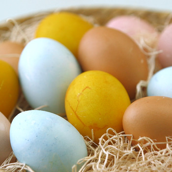 Make Naturally-Dyed Easter Eggs Video