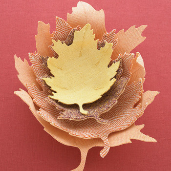 Oak-Leaf Bowl