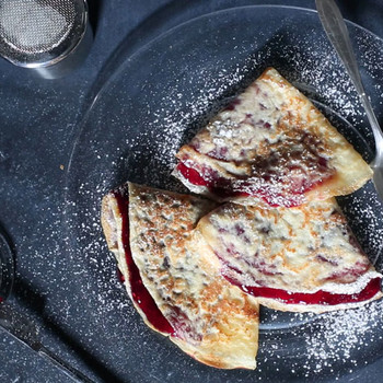 The Trick to Making Crepes