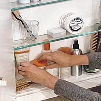 Organizing a Medicine Cabinet