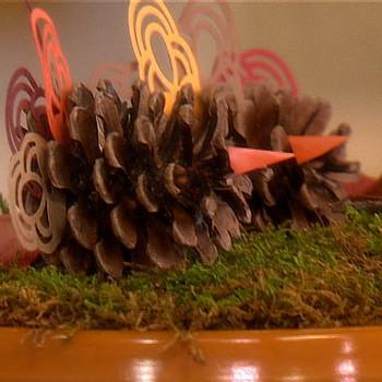 Good Thing: Pinecone Turkey Thanksgiving Decorations