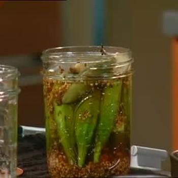 Pickled Okra in Spicy Brine