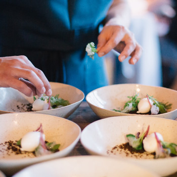 How to Design a Multi-Course Dinner Menu