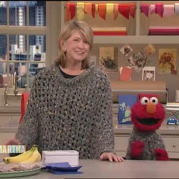 Elmo Sings a Song for Martha