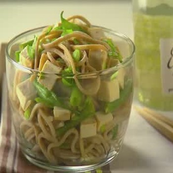 Lunch Box Asian Noodle Salad