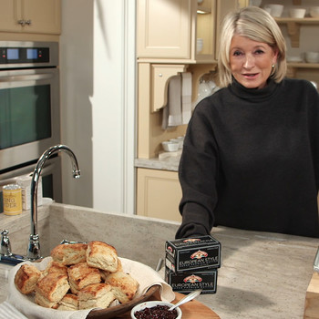 Martha Bakes Up Two of Her Favorite Spring Recipes with the Help of Land O Lakes Butter