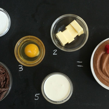 5-Ingredient Chocolate Mousse