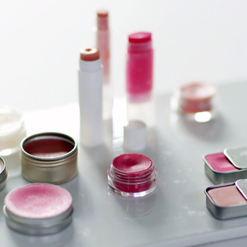 All-Natural Homemade Lip Balm