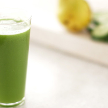 Green Cucumber and Pear Juice