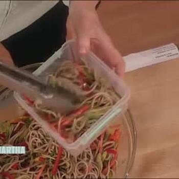 How to Make Soba Noodle Salad