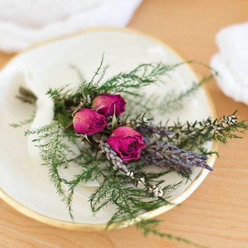 How to Make Small Floral Arrangements with Big Impact