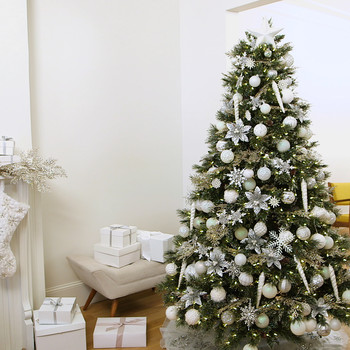 How to Decorate Your Christmas Tree in Winter White