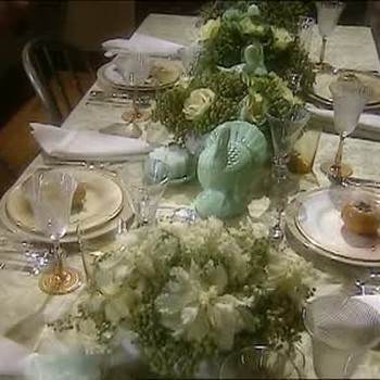 How to Make Table Centerpieces
