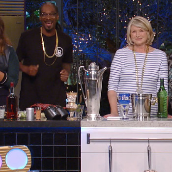 "A Sneak Peek of ""Martha & Snoop's Potluck Dinner Party"" Episode 102"