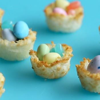 Coconut Macaroon Easter Baskets