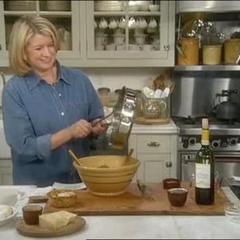 Martha Stewart Cooks Pasta Dish