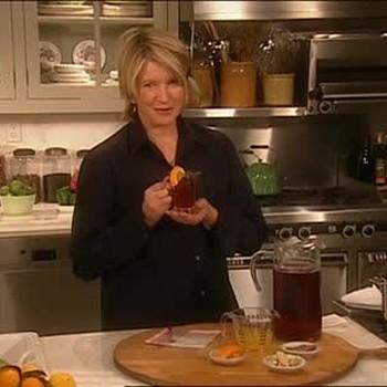 A Delicious Warm Cranberry Cider