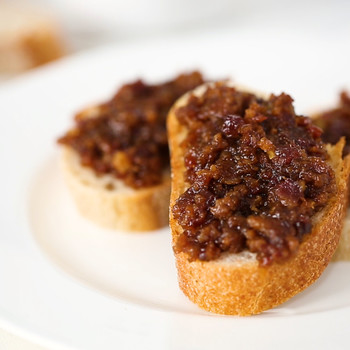 Savory & Sweet Slow-Cooker Bacon Jam
