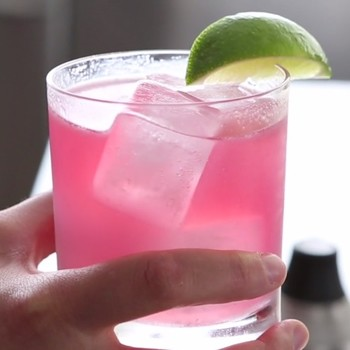30 Things Everyone Should Know How To Do: Mix the Perfect Margarita (#4)
