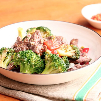 Beef and Broccoli Stir Fry for Dad