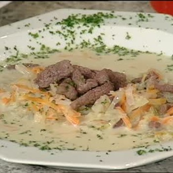 Creamy Cabbage Soup with Corn Beef