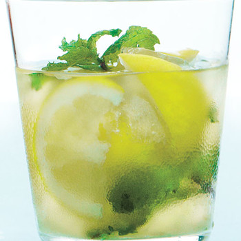 Muddled Ginger-Mint Lemonade