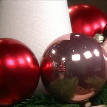 How to Make a Glitter Ball Topiary