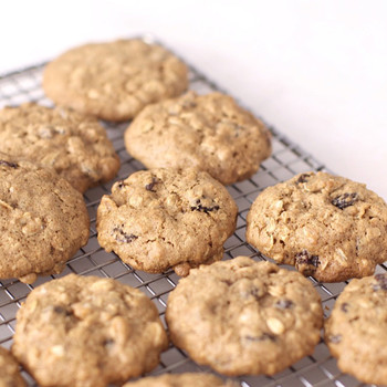 Whole Grain Oatmeal Raisin Cookies