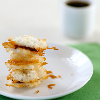 Macaroon Sandwich Cookies Video