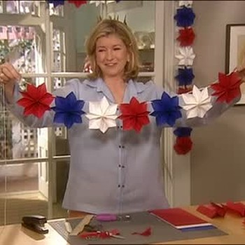 How To: Holiday Star Shaped Garlands