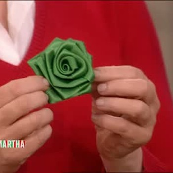 How to Make a Polyester Ribbon Rose