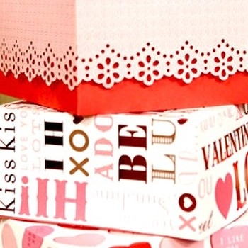 How to Create a Valentine's Treat Box