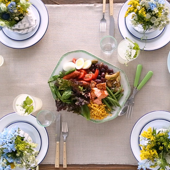 Set a Rustic Garden Party Table Video