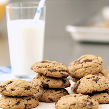 Everyday Food: Peanut Butter-Chocolate Chunk Cookies