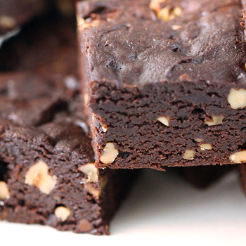 Triple Chocolate Slow Cooker Brownies