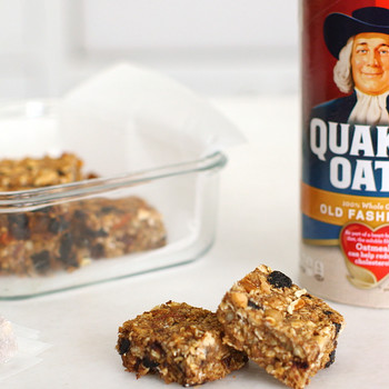 Dried-Fruit-and-Nut Bars Video Quaker