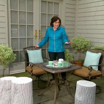 How to Create An Outdoor Breakfast Nook