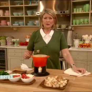 How To Make an Irish Blue Cheese Fondue