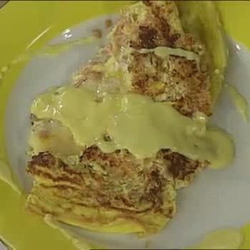 Omelette with Lox and Hollandaise Sauce