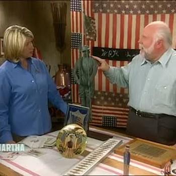 Patriotic Memorabilia with Kit Hinrichs