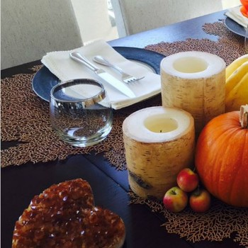 Our Favorite Celeb Thanksgiving Table Settings -- See the Snaps!