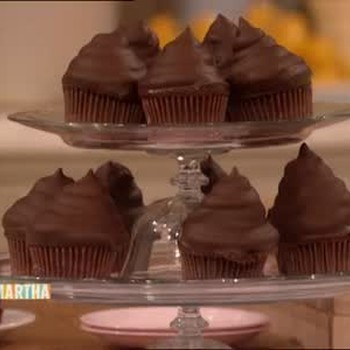 Chocolate Cupcakes with Sour Cream Icing