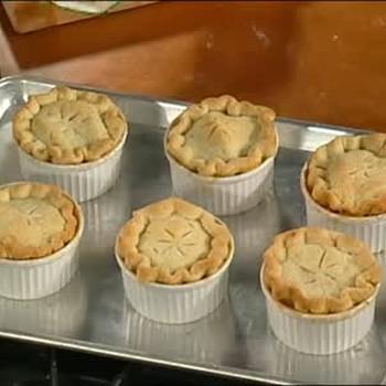 Patti LaBelle's Recipe for Mini Peach Pie
