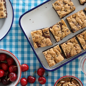 Chocolate-Chip with Streusel Brownies