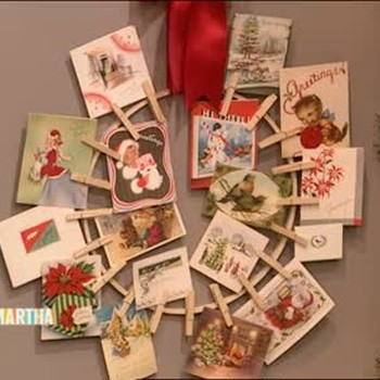 Good Thing: Clothespin Holiday Card Wreath