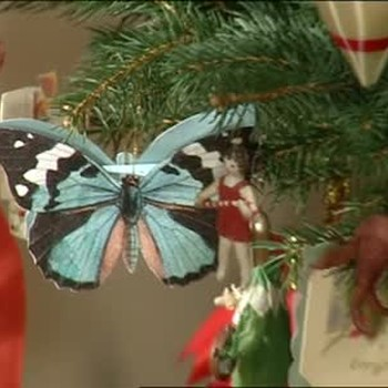 How to Make Butterfly Ornament Gift Boxes