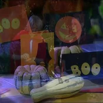 How to Make Creative Halloween Invitations