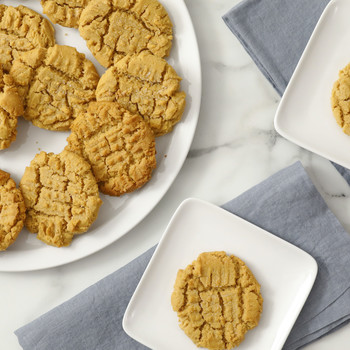 Easy Peanut Butter Cookies Video